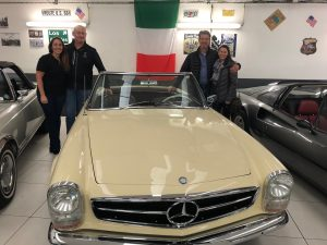 CoolToys Host Scott and his former 1966 Mercedes SL